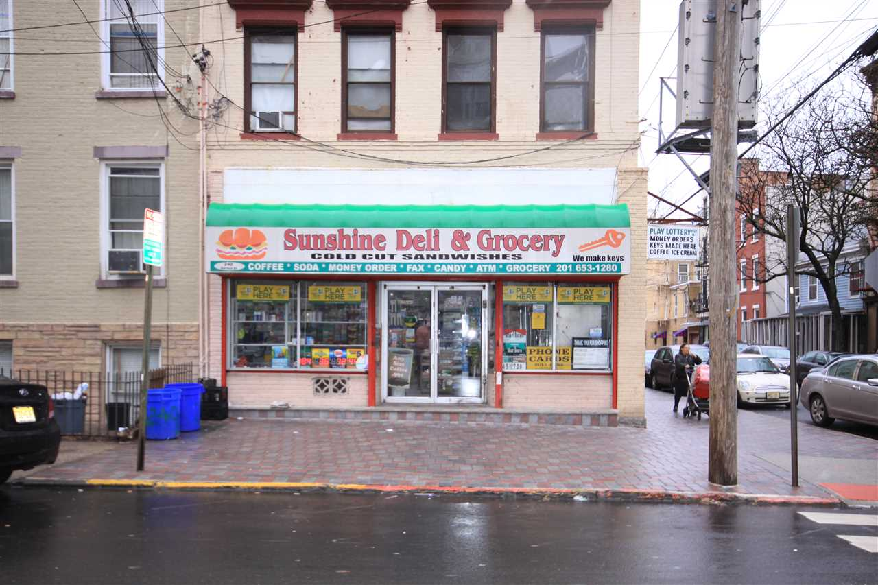 240 GARDEN ST, Hoboken, NJ 07030