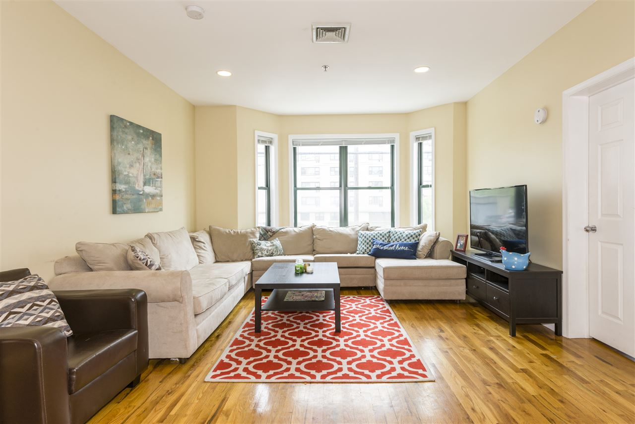 HOBOKEN 2 BEDROOM APARTMENTS FOR RENT