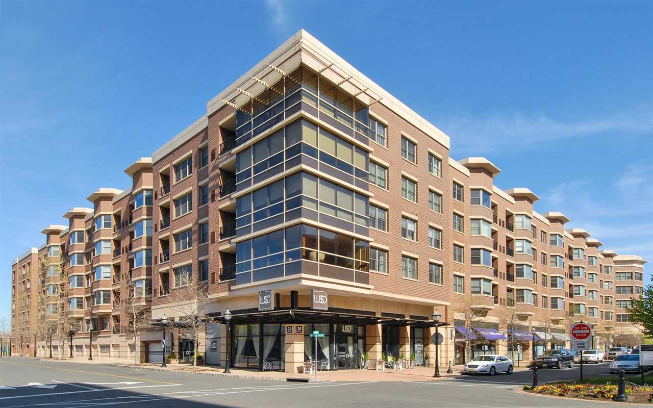 20 AVENUE AT PORT IMPERIAL 402, West New York, NJ 07093