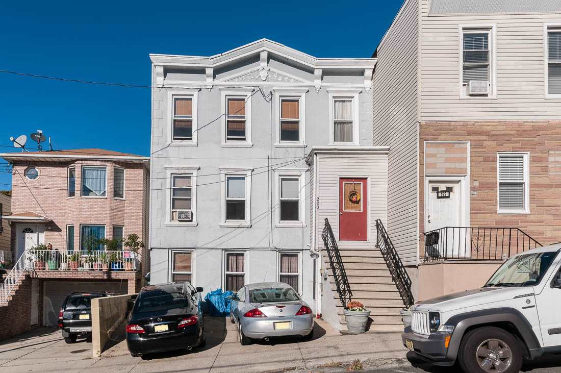 200 ZABRISKIE ST, JC, Heights, NJ 07307