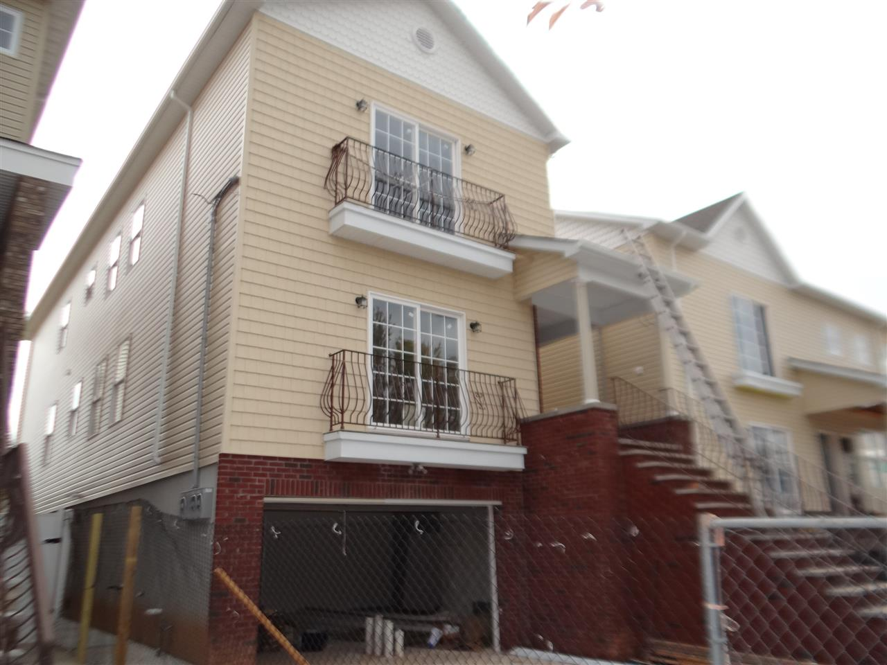 200 AVENUE A, Bayonne, NJ 07002