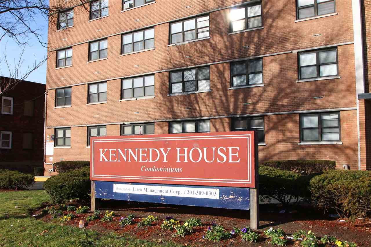 1225 KENNEDY BLVD 11H, Bayonne, NJ 07002