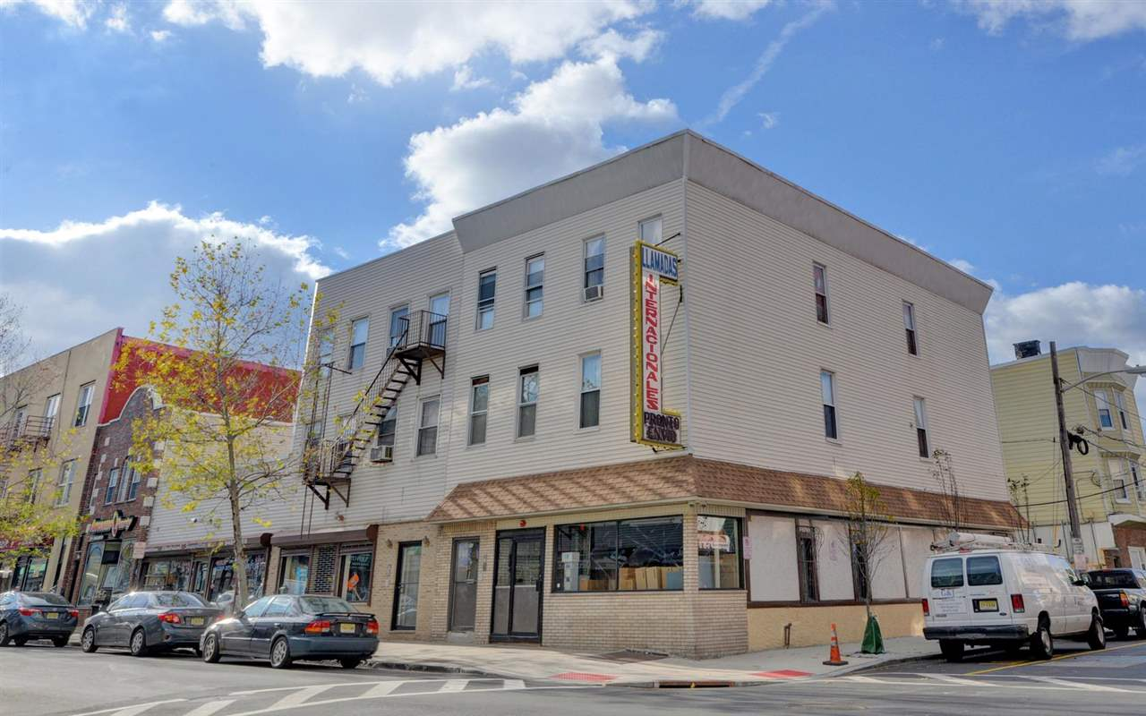 2027-2033 BERGENLINE AVE, Union City, NJ 07087