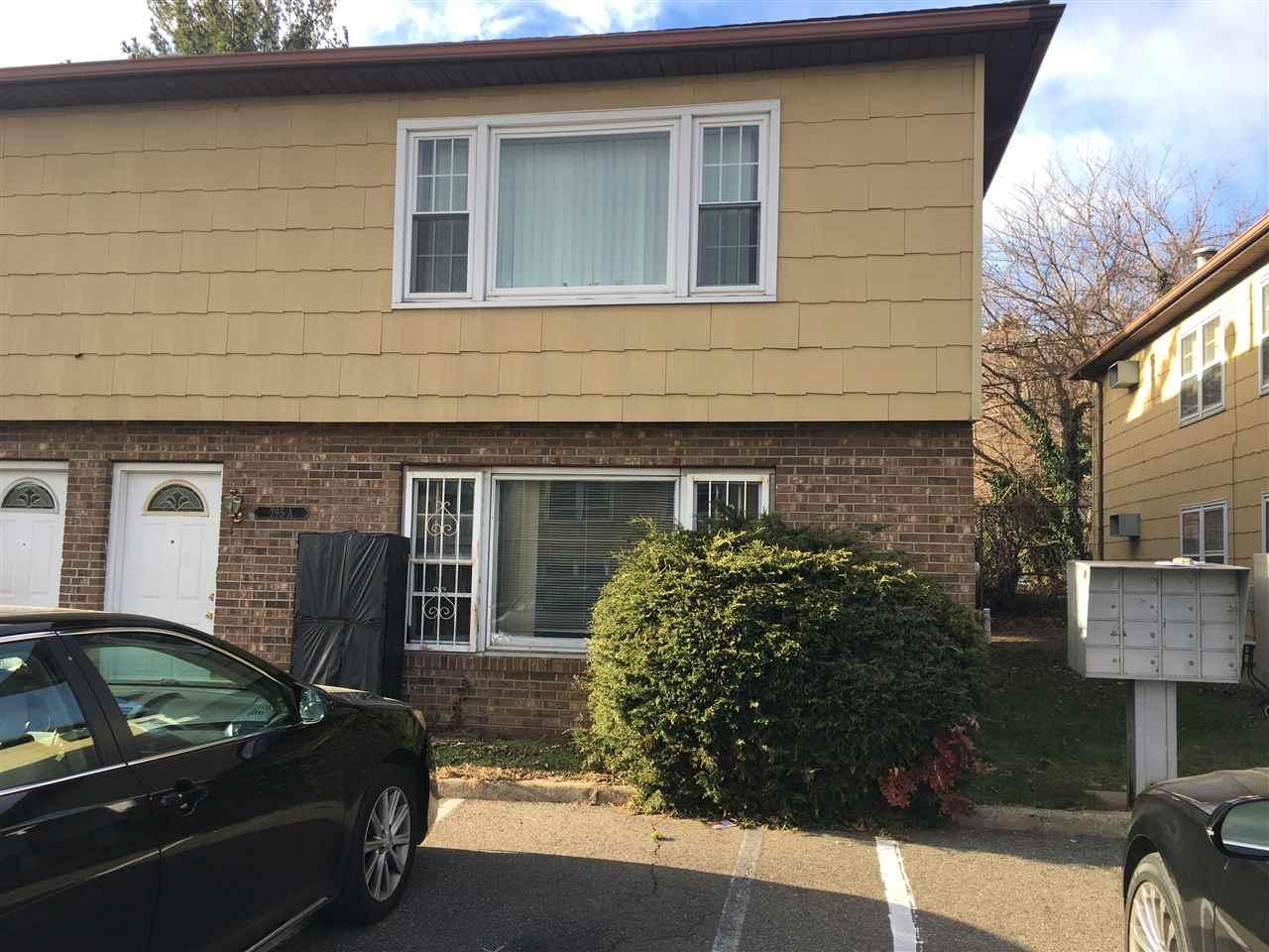 295A CLERK ST B1, JC, Greenville, NJ 07304