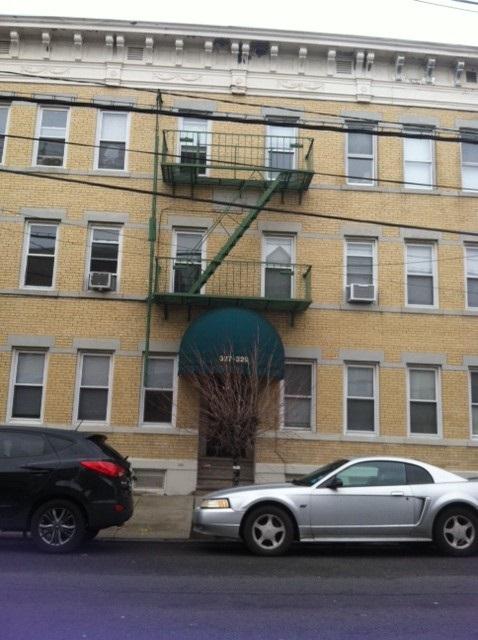 329 AVENUE E 10, Bayonne, NJ 07002