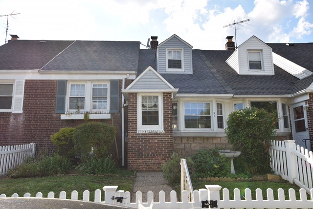 31 PARKSIDE LANE, Bayonne, NJ 07002