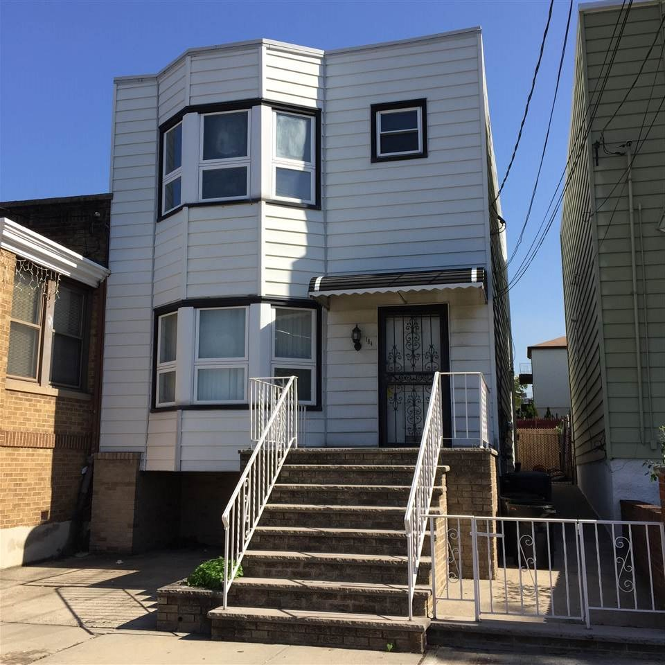 184 NELSON AVE, JC, Heights, NJ 07307