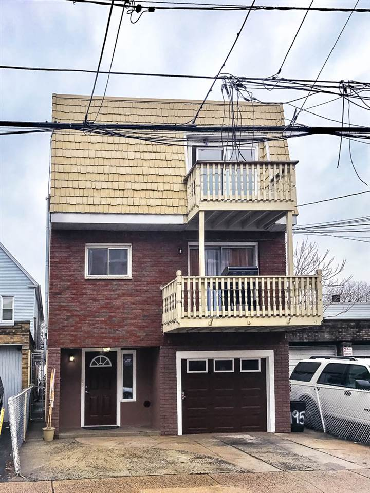 197 LEMBECK AVE, JC, West Bergen, NJ 07305
