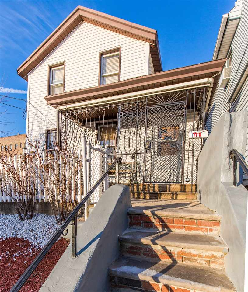 770 COMMUNIPAW AVE, JC, West Bergen, NJ 07304