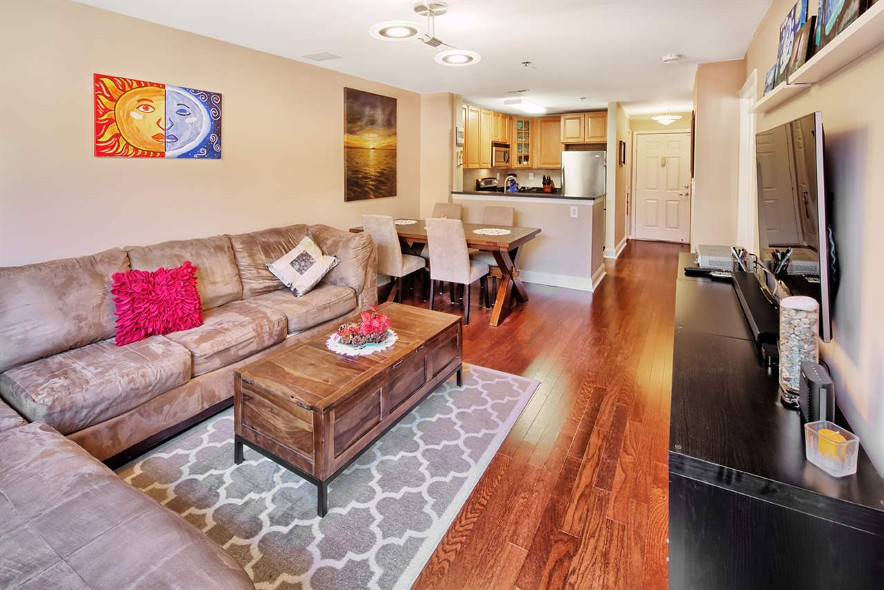26 AVENUE AT PORT IMPERIAL B37, West New York, NJ 07093