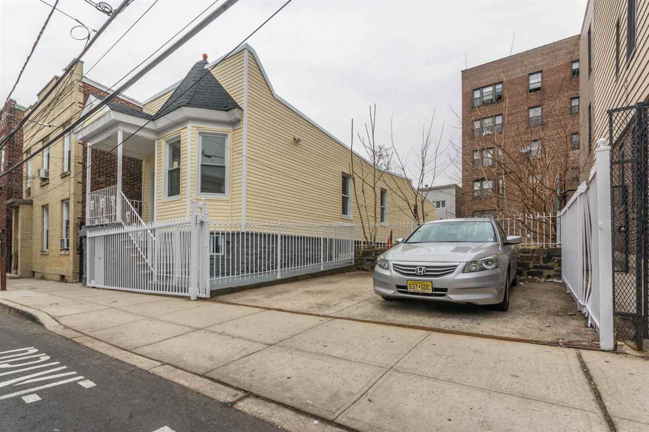 530 LINCOLN ST, Union City, NJ 07087