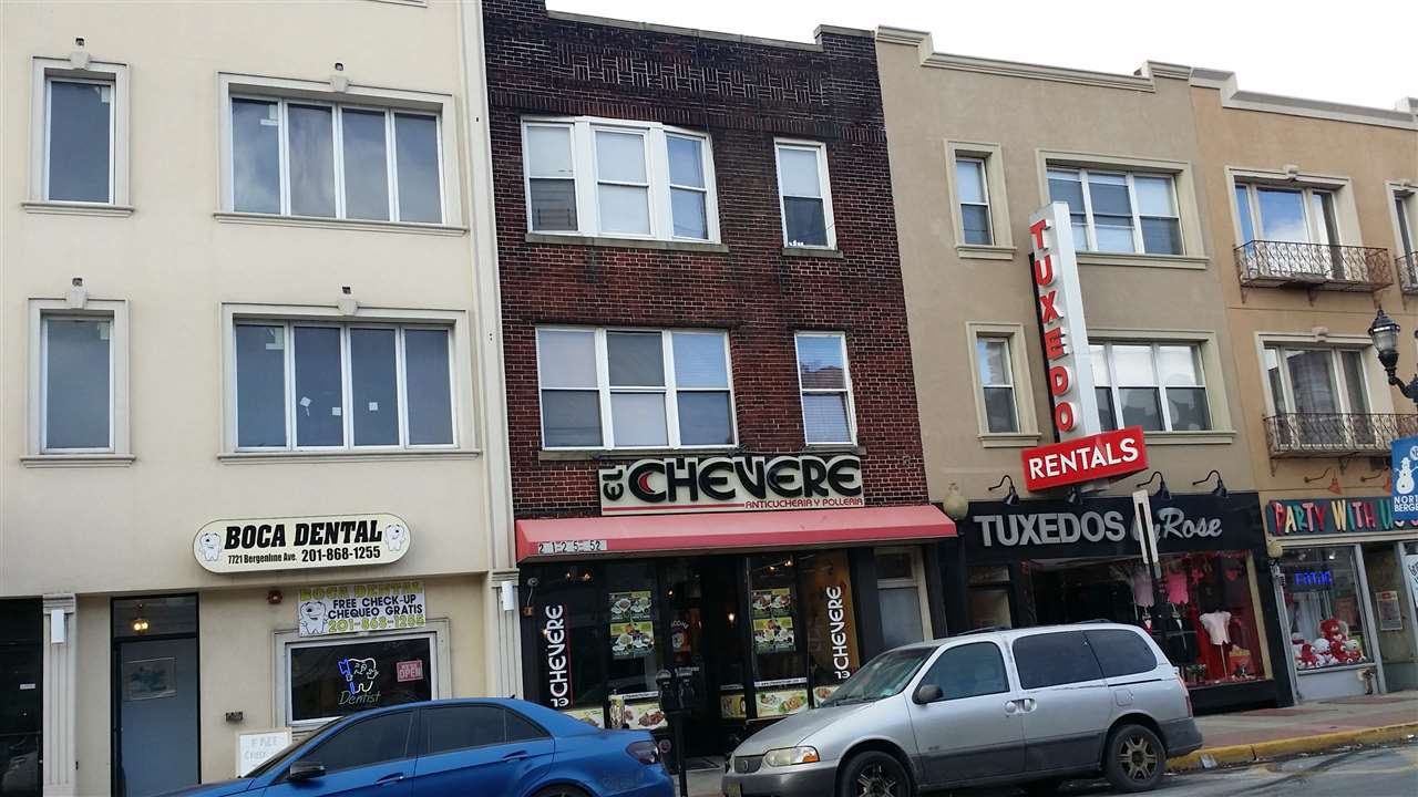 7723 BERGENLINE AVE, North Bergen, NJ 07047