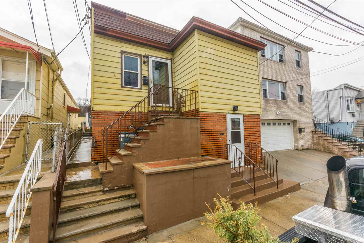 4710 MEADOWVIEW AVE, North Bergen, NJ 07047