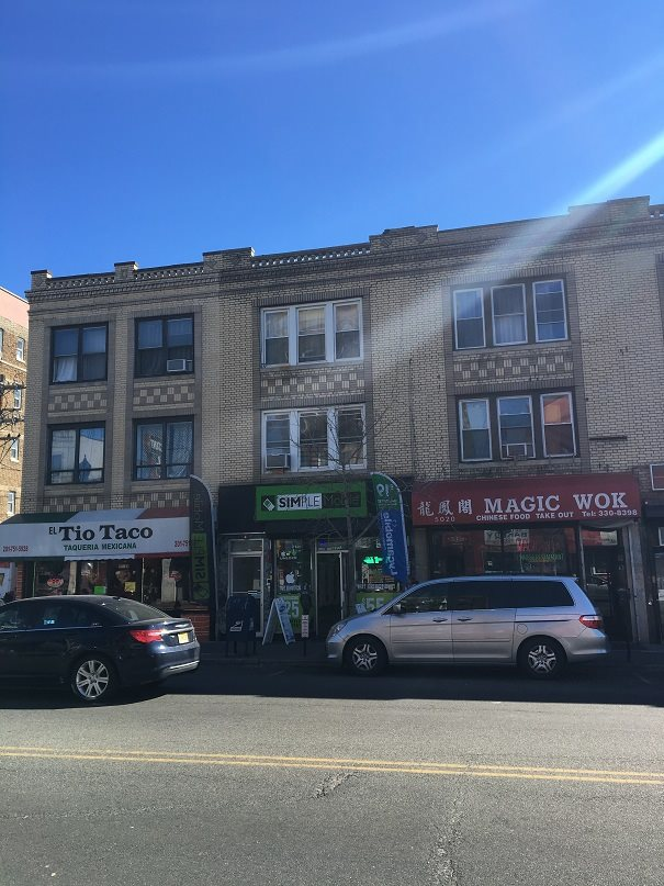 5022 BERGENLINE AVE, West New York, NJ 07093