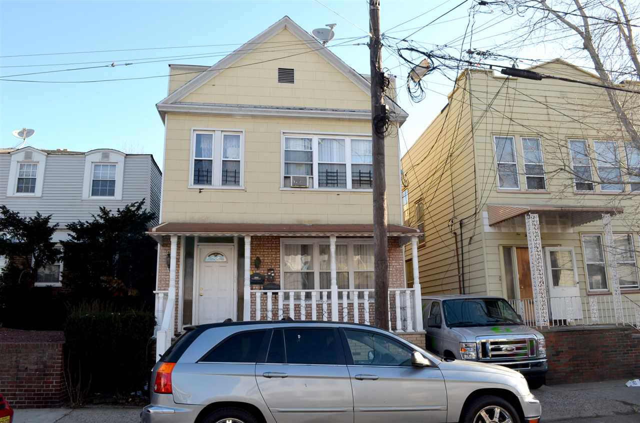 236 MCADOO AVE, JC, West Bergen, NJ 07305