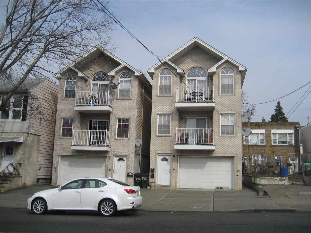 272 DANFORTH AVE, JC, West Bergen, NJ 07305