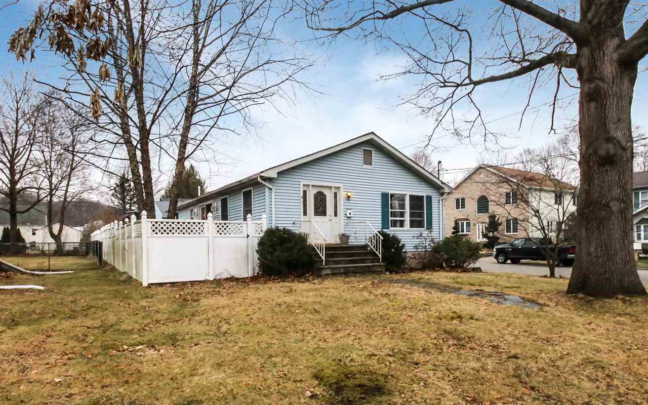 2 BIRCH ST, Bloomingdale, NJ 07403