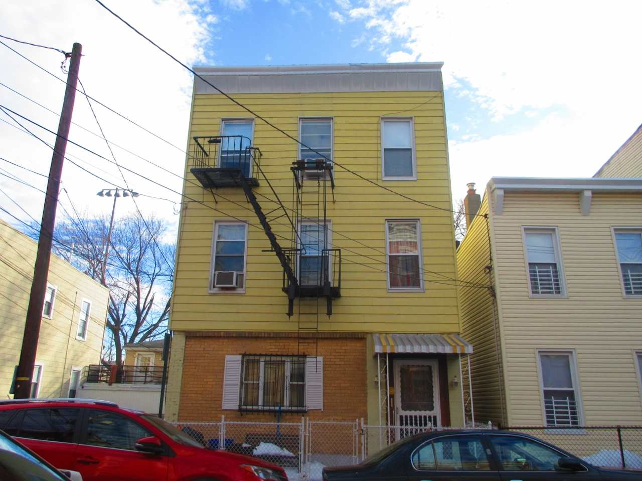 563 59TH ST, West New York, NJ 07093