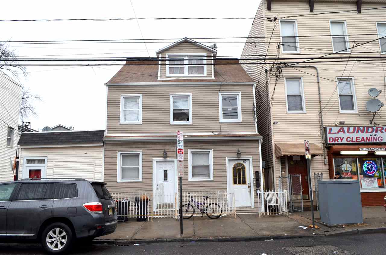 52 BEACON AVE, JC, Journal Square, NJ 07306