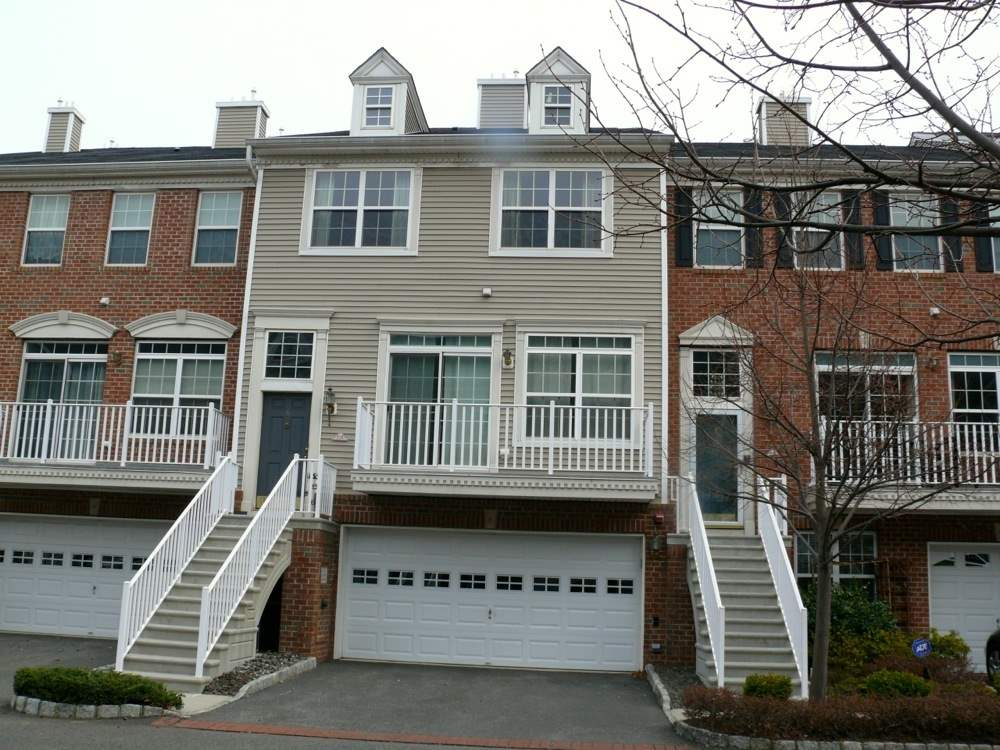 6 TELLICHERRY CT th, JC, West Bergen, NJ 07305