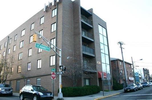 7430 KENNEDY BLVD 209, North Bergen, NJ 07047