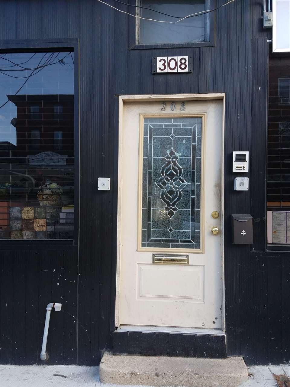 308 PACIFIC AVE 2L, JC, Bergen-Lafayett, NJ 07304