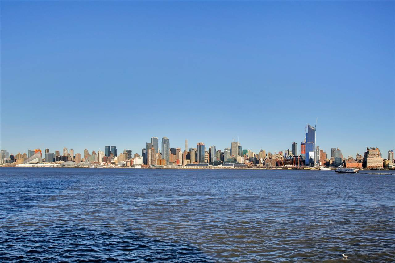 600 HARBOR BLVD 838, Weehawken, NJ 07086