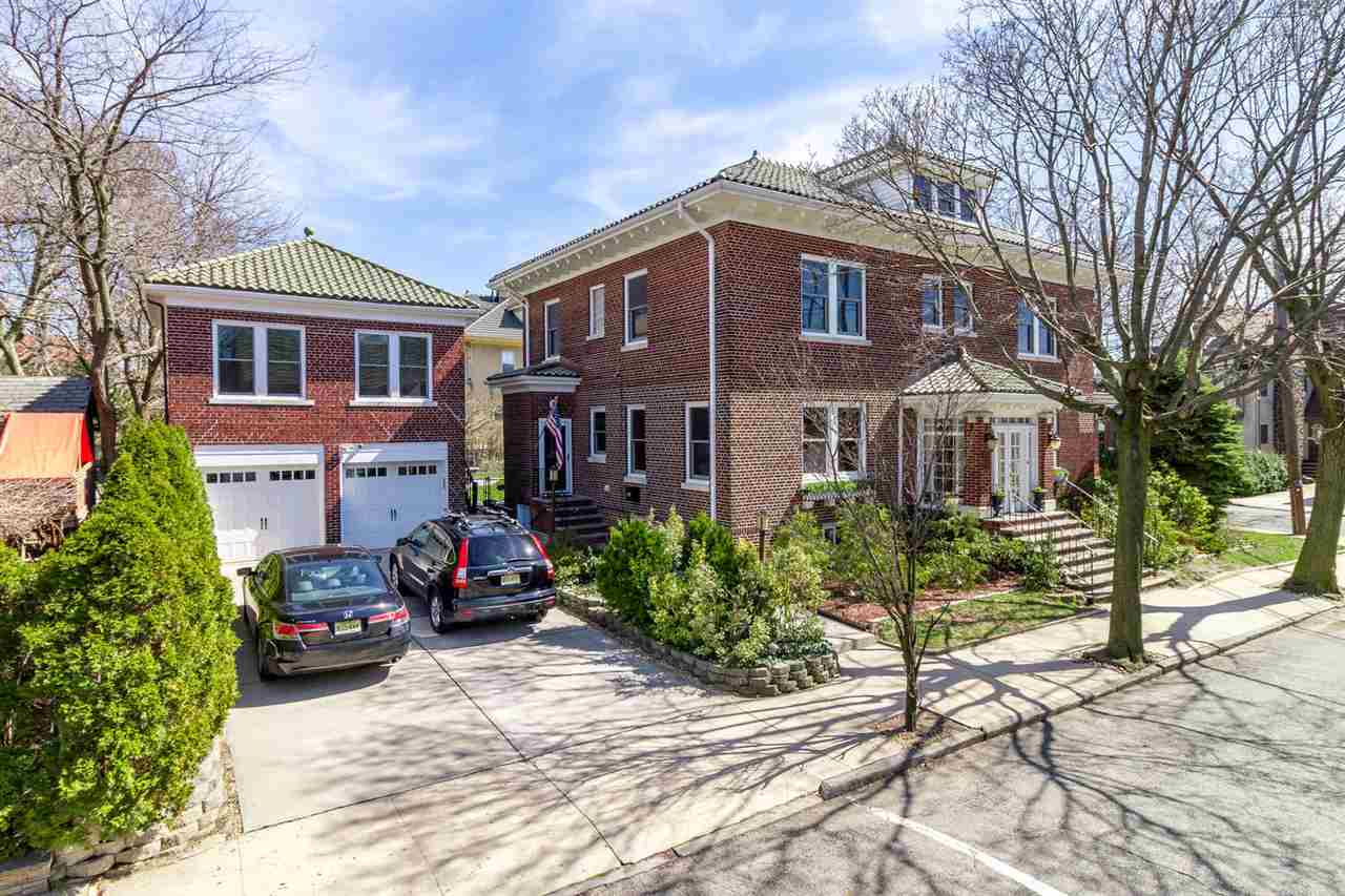 3-9 KINGSWOOD RD, Weehawken, NJ 07086