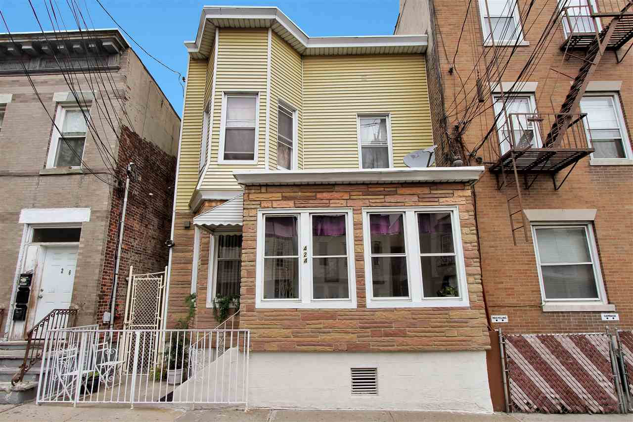 424 56TH ST, West New York, NJ 07093