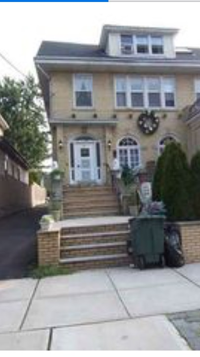 86 WEST 34TH ST, Bayonne, NJ 07002