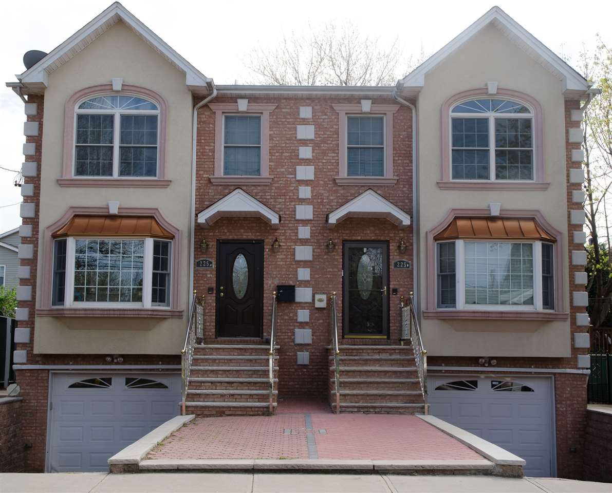 225 GRACE AVE A, Secaucus, NJ 07094
