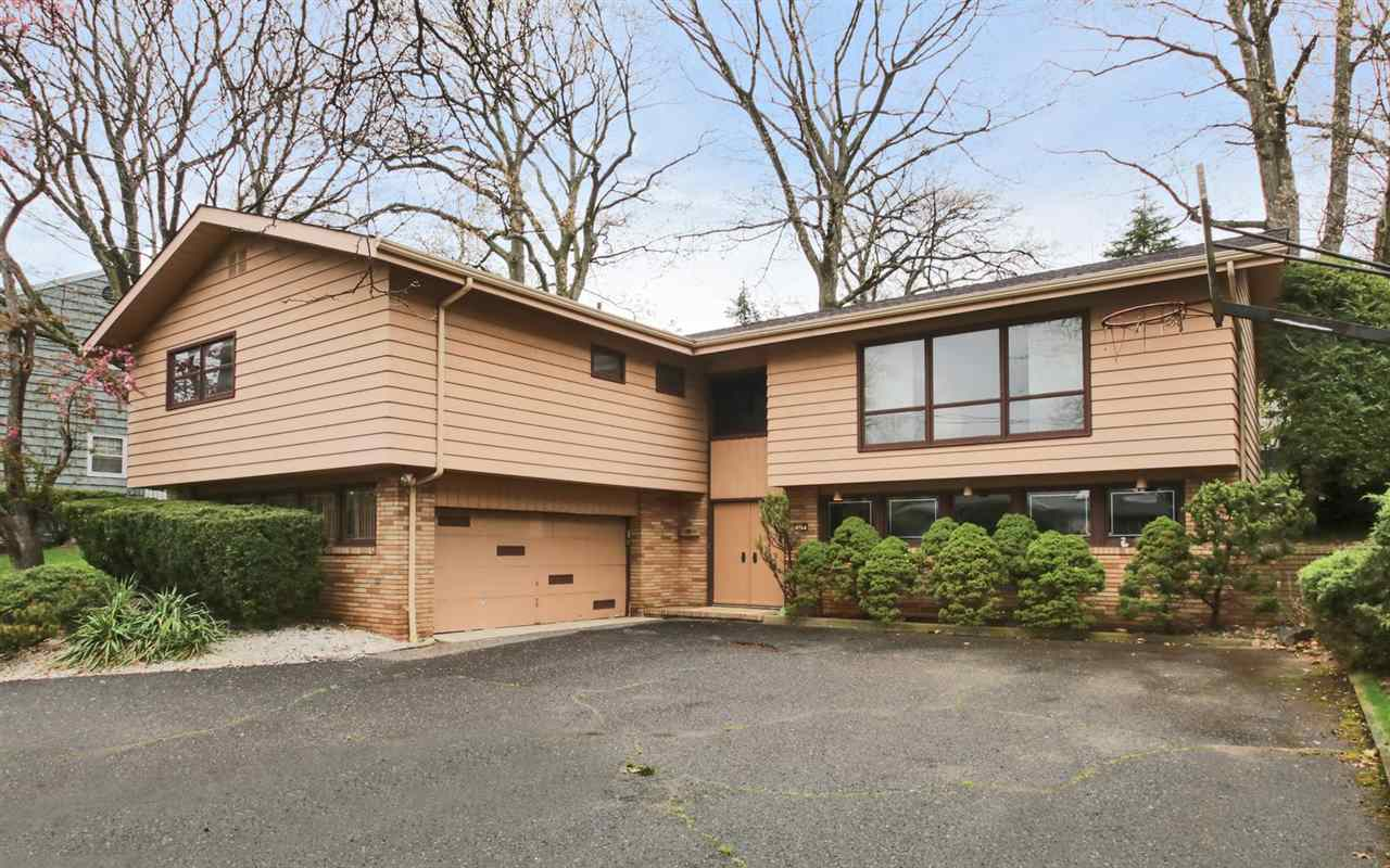 329 CASPER RD, Englewood Cliffs, NJ 07632
