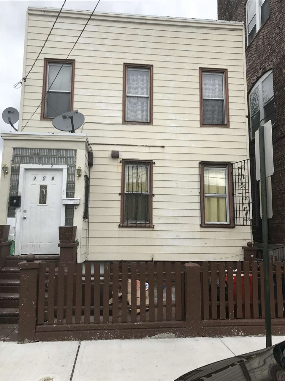 908 23RD ST, Union City, NJ 07087