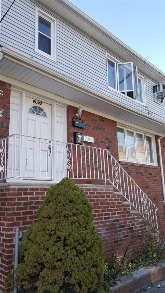 9047 PALISADE AVE, North Bergen, NJ 07047