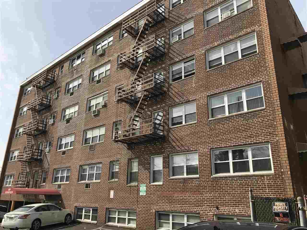 8829 KENNEDY BLVD D5, North Bergen, NJ 07047