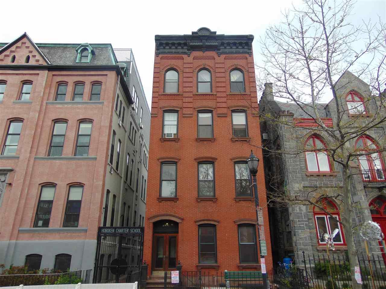 711 WASHINGTON ST 2, Hoboken, NJ 07030