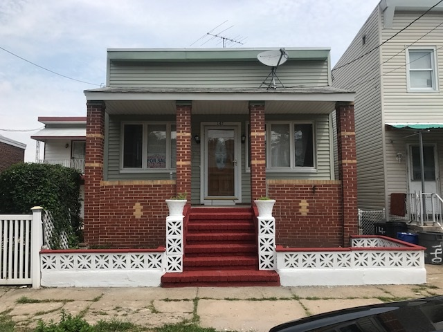 142 WILLIAMS AVE, JC, West Bergen, NJ 07304