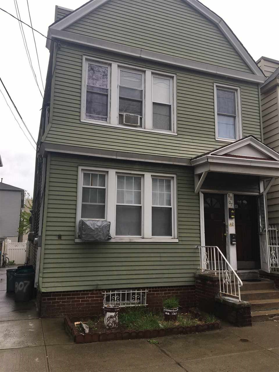 8807 3RD AVE, North Bergen, NJ 07047