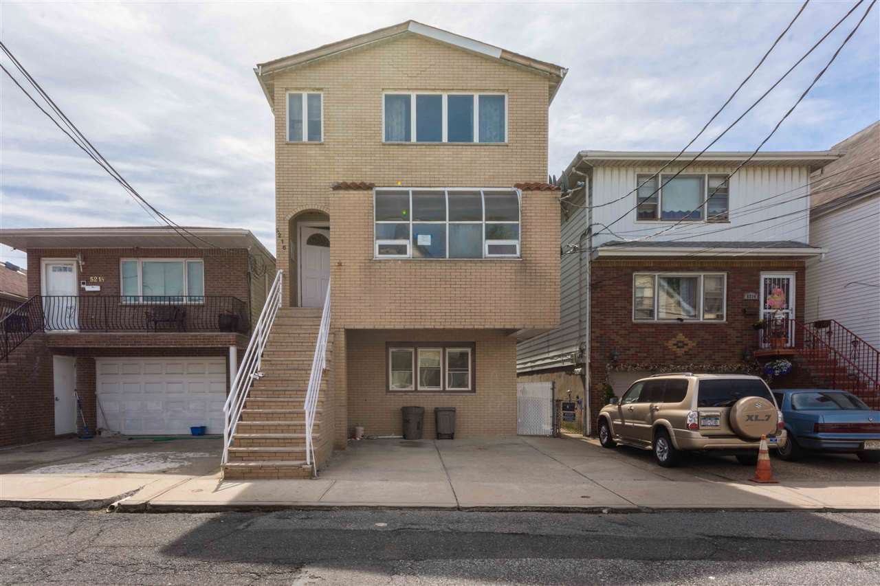 5216 LIBERTY AVE, North Bergen, NJ 07047