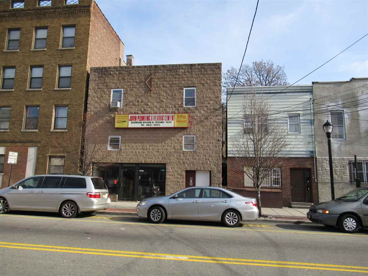 710-712 NEW YORK AVE, Union City, NJ 07087