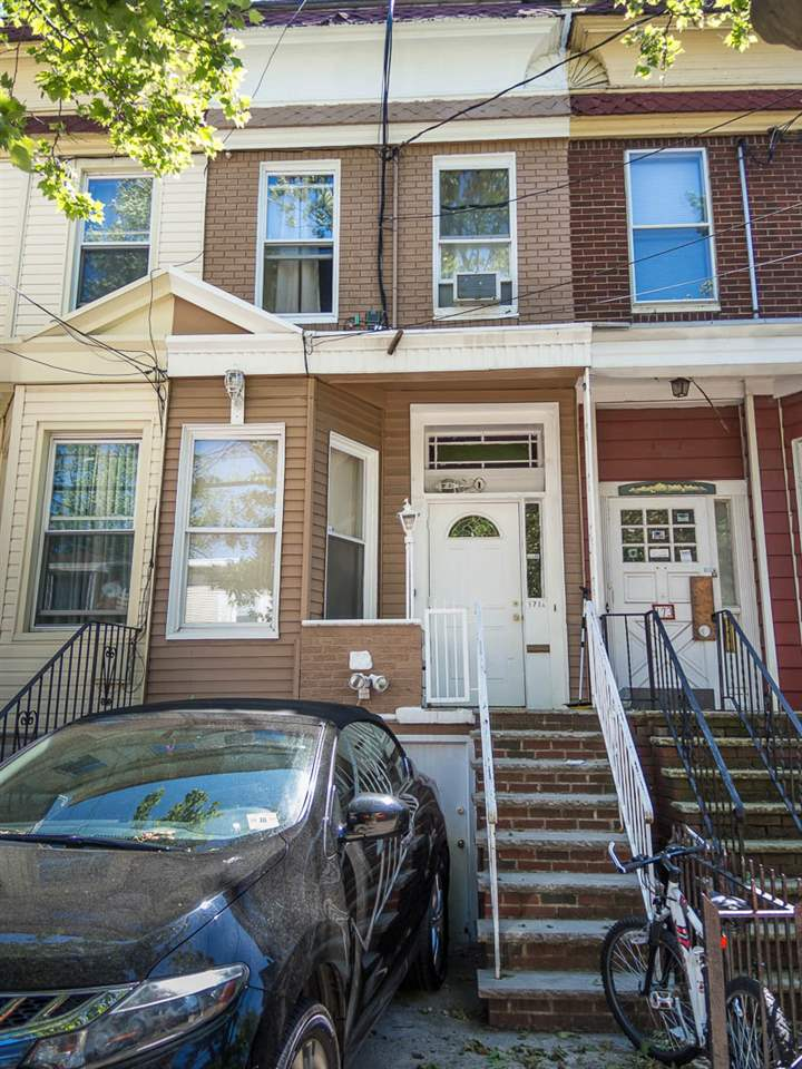 171 A HUTTON ST, JC, Heights, NJ 07307