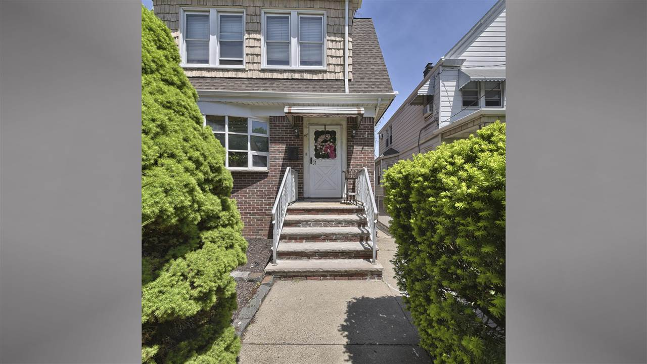 47 WEST 39TH ST, Bayonne, NJ 07002