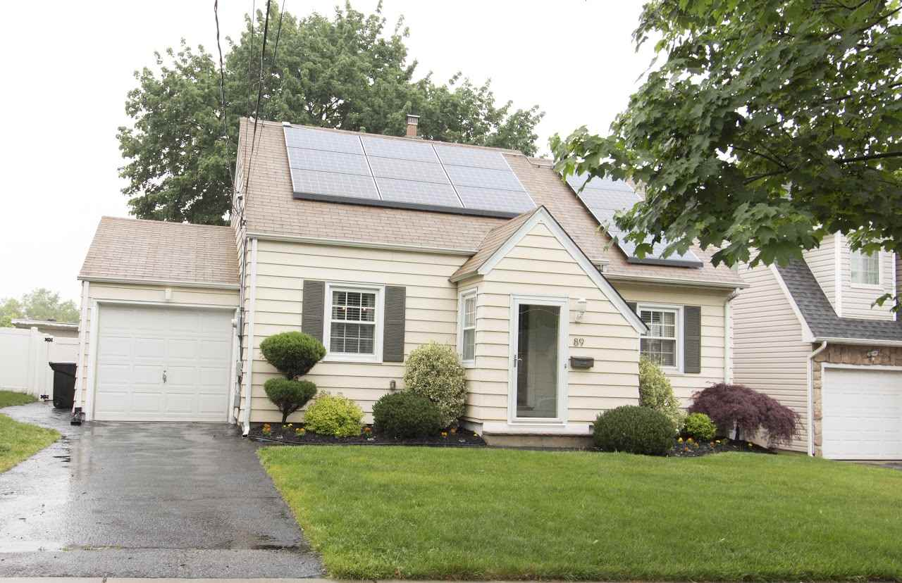 89 ORCHARD DR, Clifton, NJ 07012