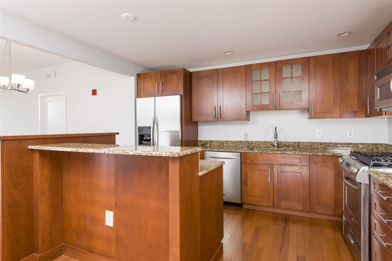 1025 MAXWELL LANE 708, Hoboken, NJ 07030