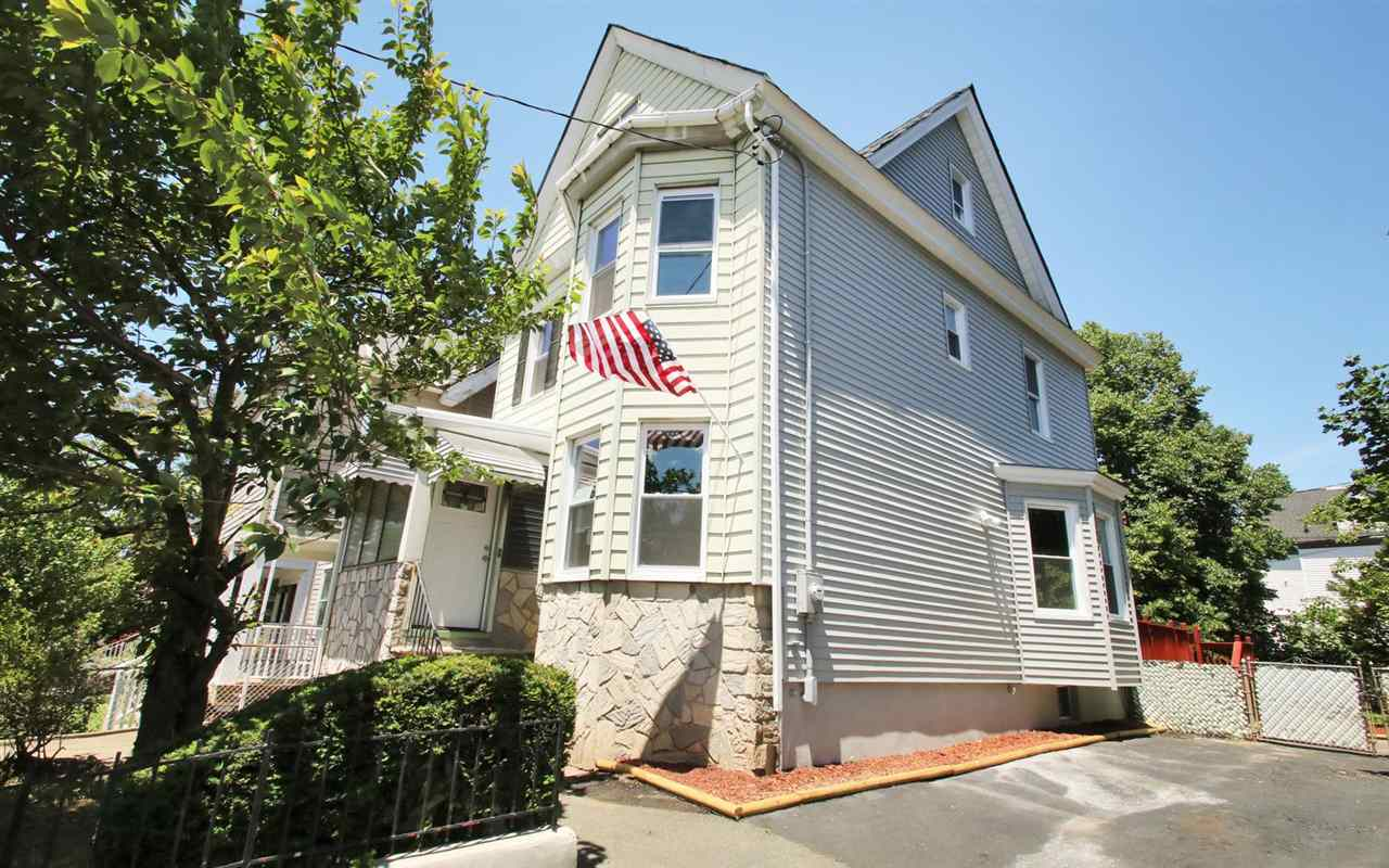 210 HARRISON AVE, JC, West Bergen, NJ 07304