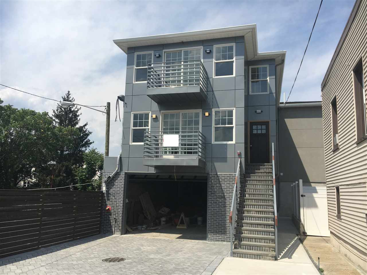 1206 5TH ST B, North Bergen, NJ 07047