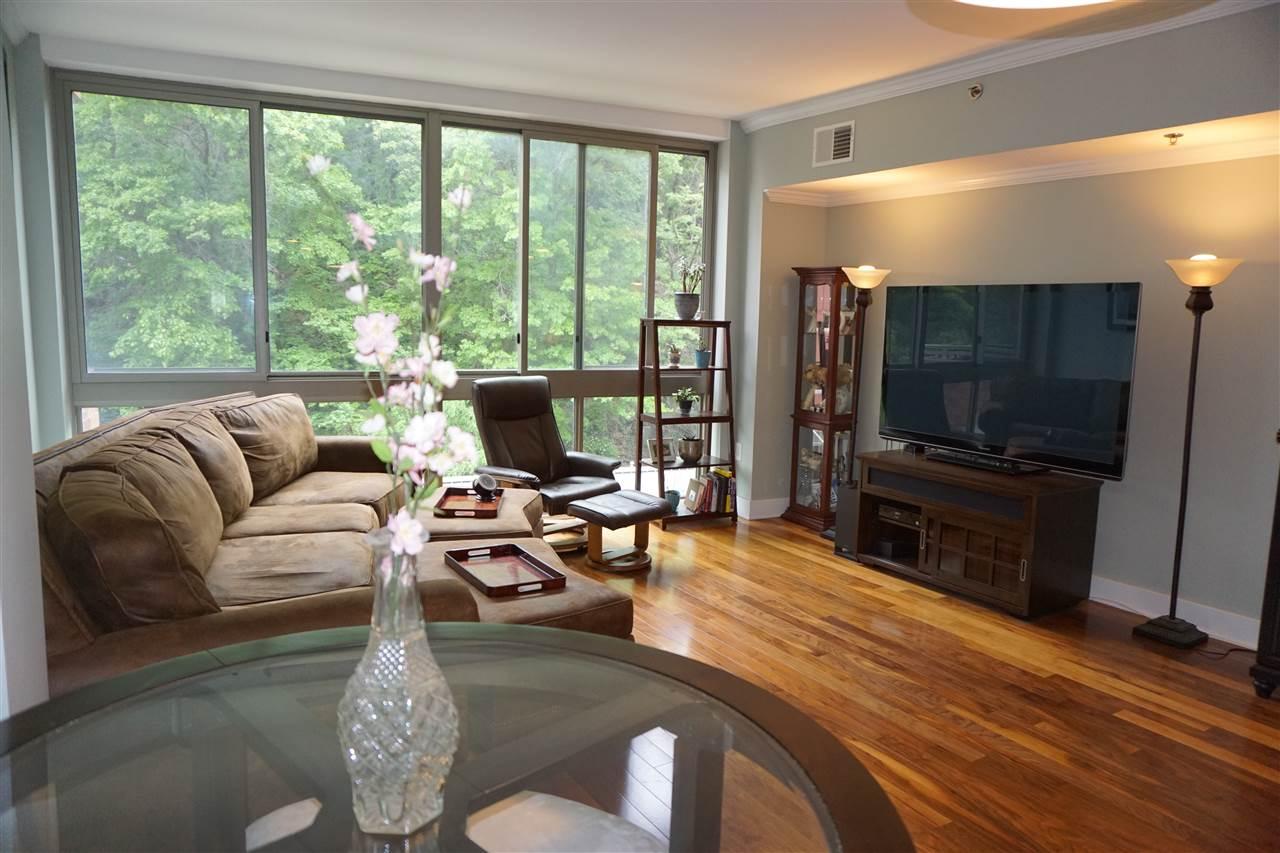800 JACKSON ST 413, Hoboken, NJ 07030