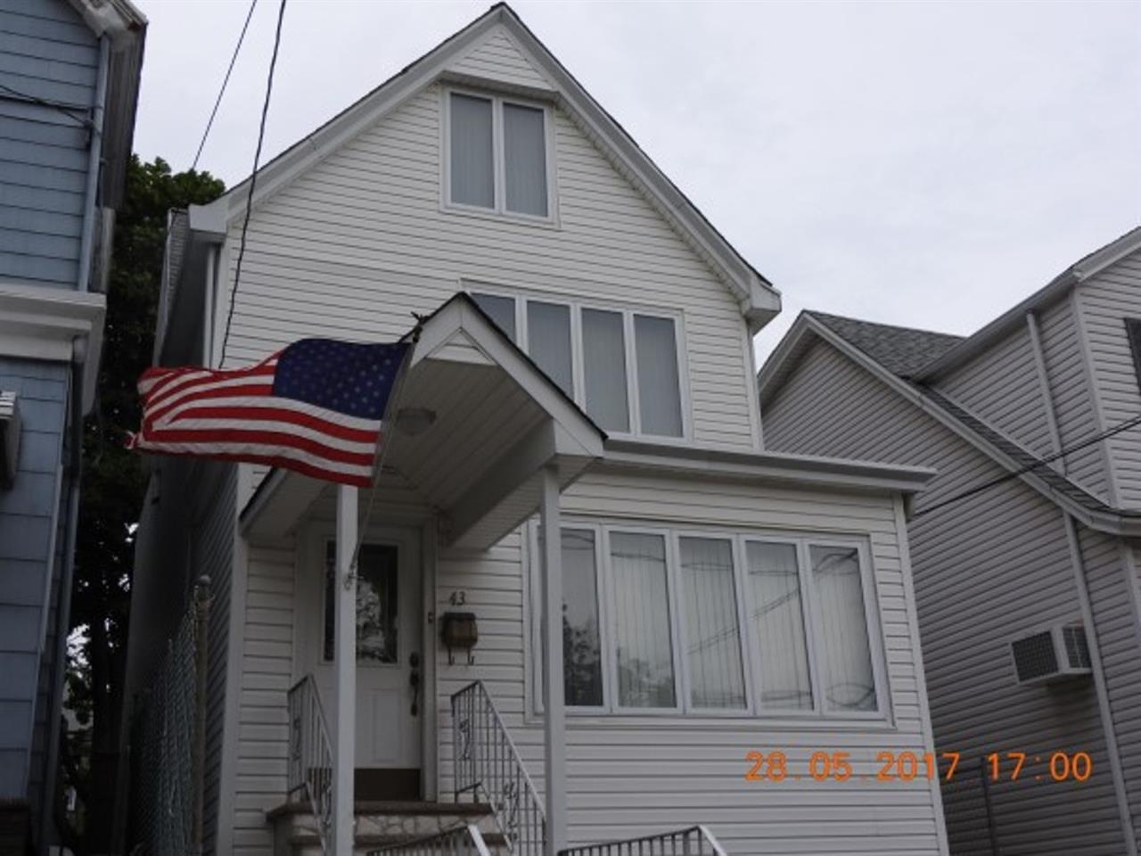 43 WEST 43RD ST, Bayonne, NJ 07002