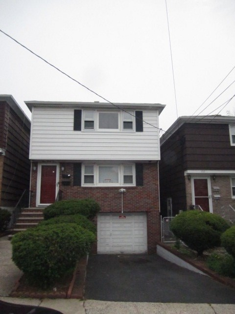 135 MCADOO AVE 2, JC, West Bergen, NJ 07304