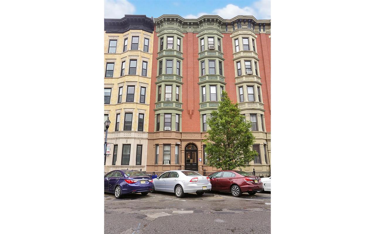 813 WASHINGTON ST 6, Hoboken, NJ 07030